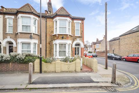 3 bedroom end of terrace house for sale - Leahurst Road, Hither Green, SE13