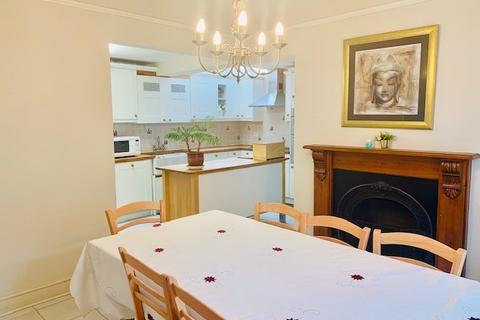 4 bedroom detached house to rent - Warwick Road, West Drayton, Greater London, UB7