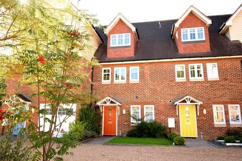 4 bedroom townhouse for sale - Oakhurst Park Gardens, Bank Lane, Hildenborough, Kent