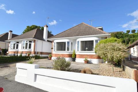 4 bedroom detached bungalow for sale - Parkstone, Poole, Dorset, BH12 2LJ