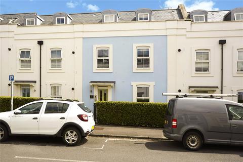 2 bedroom flat for sale - Gooding House, 2 Warren Road, Reigate, Surrey, RH2