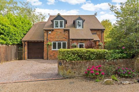 3 bedroom detached house for sale - Riversdale, Bourne End, Buckinghamshire, SL8