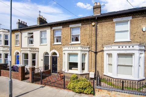 3 bedroom terraced house for sale - Tenison Road, Cambridge
