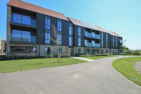2 bedroom ground floor flat to rent - Urwin Gardens, Ninewells, Cambridge