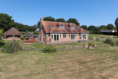 5 bedroom detached house for sale - Idylic Rural Location With 5 Acres