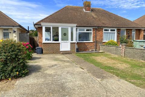 3 bedroom bungalow for sale - George V Avenue, Lancing, West Sussex, BN15