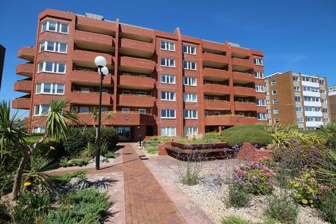 2 bedroom apartment - Capellia House, West Parade, Worthing BN11 3RB