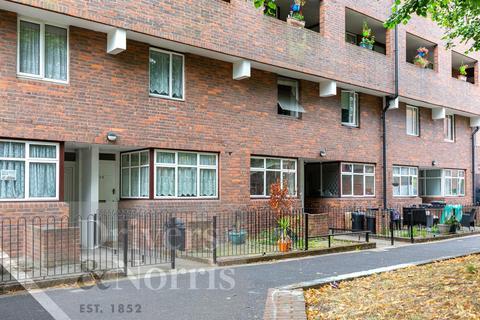 3 bedroom maisonette for sale - Scholefield Road, Islington, London, N19