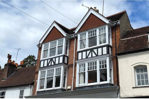 2 bedroom flat for sale - Castle Walk, Reigate, Surrey, RH2
