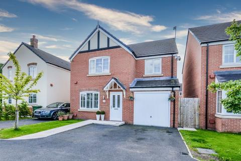 4 bedroom detached house for sale - Argent Close, Shavington, Crewe