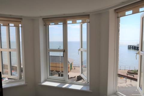 2 bedroom flat - Alexandra Court, The Esplanade, Penarth