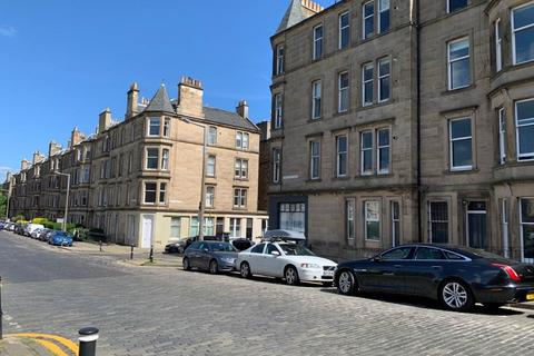 2 bedroom flat to rent - Comely Bank Avenue, Comely Bank, Edinburgh