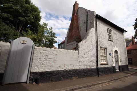 2 bedroom semi-detached house for sale - Cromwell Cottage, Fakenham