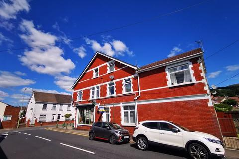 2 bedroom apartment for sale - Church Street, Caerphilly