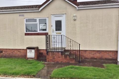 2 bedroom park home for sale - Lynwood Park, Warton, Preston, PR4 1XJ