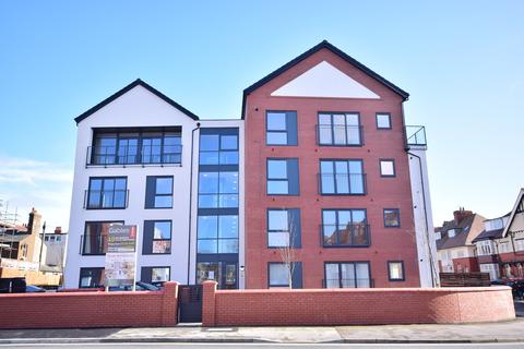 2 bedroom apartment to rent - The Gables, 35-39 Orchard Road, Lytham St Annes, FY8
