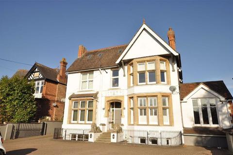 2 bedroom flat for sale - Warwick New Road, Leamington Spa