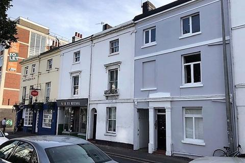 Studio to rent - Upper North Street, Brighton