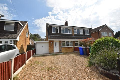 3 bedroom property for sale - Tottenham Drive, Manchester, M23
