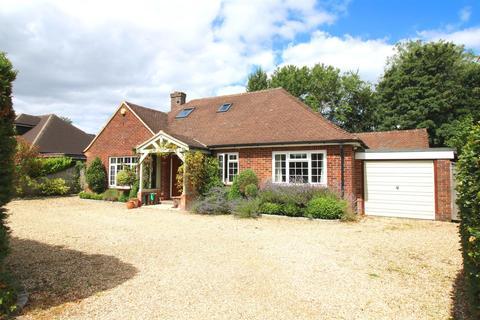 4 bedroom detached bungalow for sale - Upper Basildon, Berkshire