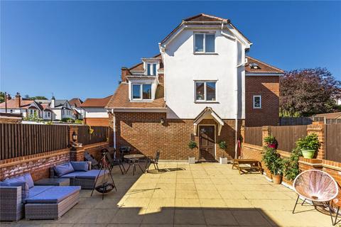 2 bedroom flat for sale - Lower Road, Chorleywood, Rickmansworth, Hertfordshire, WD3