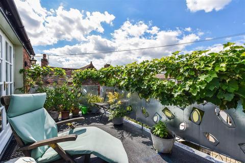 2 bedroom house for sale - Tarrant Street, Arundel