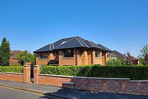 6 bedroom detached house for sale - Crossfield Road, Hale, Altrincham
