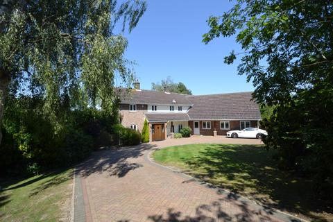5 bedroom detached house for sale - Colemans Lane, Danbury