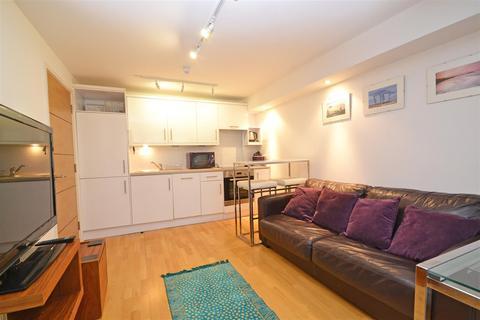 1 bedroom flat to rent - St James Street, Brighton, BN2 1RF