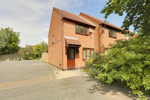 2 bedroom townhouse to rent - Herons Court, West Bridgford, Nottinghamshire, NG2 6QD