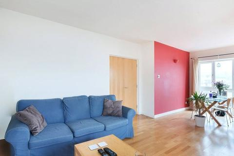 1 bedroom flat to rent - Ambassador Square