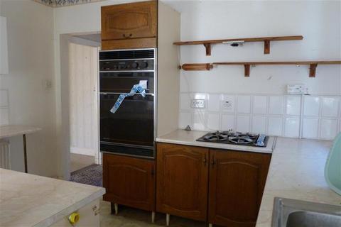 2 bedroom detached bungalow for sale - Douglas Avenue, Whitstable, Kent