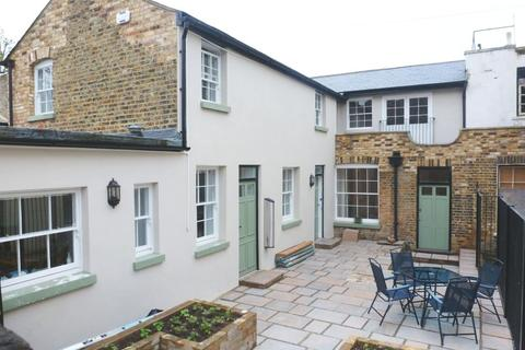 2 bedroom cottage to rent - Tomsons Passage Ramsgate CT11