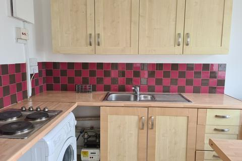 2 bedroom flat to rent - Lowther Road, Dunstable LU6
