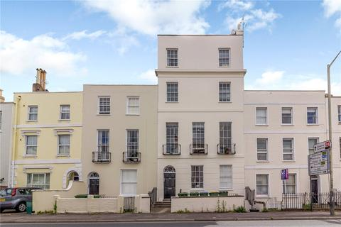 2 bedroom flat for sale - Hewlett Road, Cheltenham, Gloucestershire, GL52