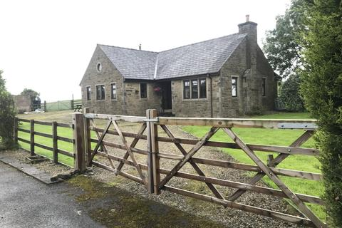 2 bedroom bungalow for sale - The Cottage, Isherwood Farm, Watling Street, Affetside BL8 3QT