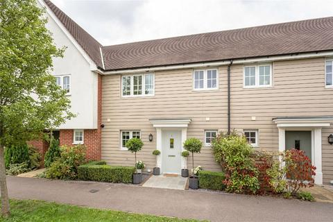 3 bedroom terraced house for sale - Saffron Way, Little Canfield, DUNMOW, Essex