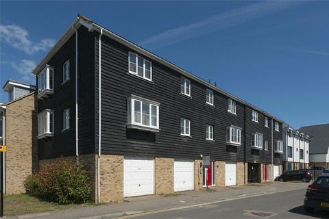 2 bedroom flat for sale - Diamond Road, Whitstable, Kent