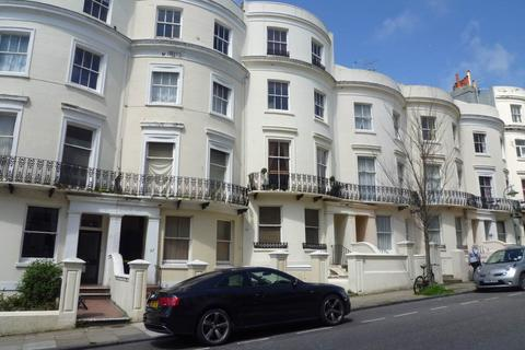 Studio to rent - Lansdowne Place, Hove, East Sussex