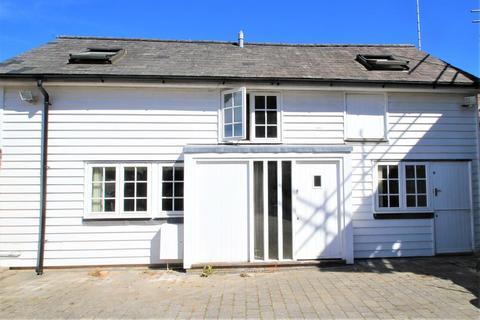 2 bedroom semi-detached house to rent - North Grove Road, Hawkhurst, Kent, TN18 4AL