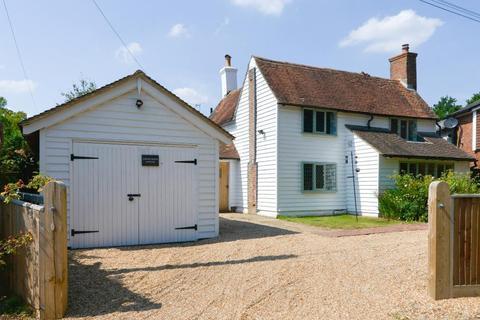 3 bedroom detached house for sale - Back Road, Sandhurst, Kent, TN18 5JS