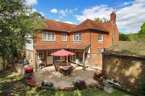 5 bedroom detached house for sale - North Road, Goudhurst, Kent, TN17 1JH