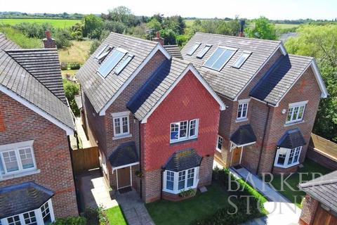 4 bedroom detached house for sale - Windsor, Maidenhead and Bray, right this way