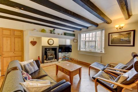 3 bedroom cottage for sale - Grape Lane, Whitby