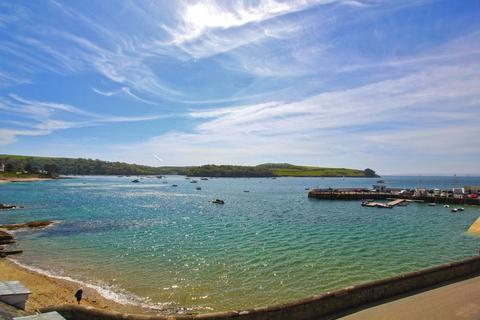 2 bedroom apartment for sale - St. Mawes Village Centre with Parking