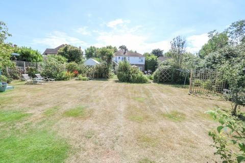 5 bedroom detached house for sale - St Helens Road, Hayling Island