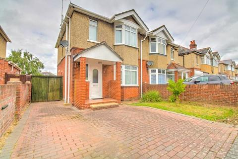 3 bedroom semi-detached house for sale - Prince of Wales Avenue, Regents Park, Southampton