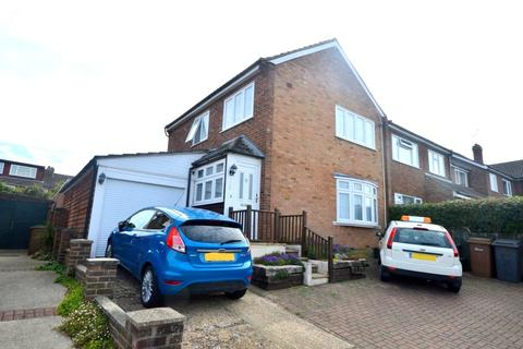 3 bedroom house for sale - Gloucester Avenue, Chelmsford, CM2