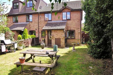 2 bedroom terraced house for sale - Bisley,