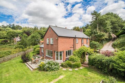 5 bedroom detached house for sale - Hookway, Crediton